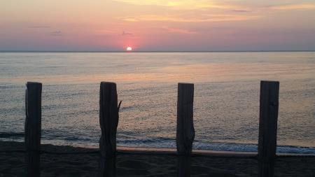 lever de soleil sur la plage de Torreilles (Pavillon Bleu et Station Verte)